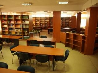 Βιβλιοθήκη Τμήματος Πολιτικών Μηχανικών Τ.Ε. (Τρίκαλα) (© Α. Μωυσιάδης).