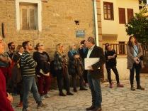 Εκπαιδευτική επίσκεψη με επιτόπου διδασκαλία στο «Βαρούσι» Τρικάλων, στο πλαίσιο του μαθήματος «Ανάπλαση και Αναβίωση Ιστορικών Κέντρων και Συνόλων» με καθηγητή τον κ. Νικόλαο Σαμαρά, 15-11-2015 (© Α. Μωυσιάδης).